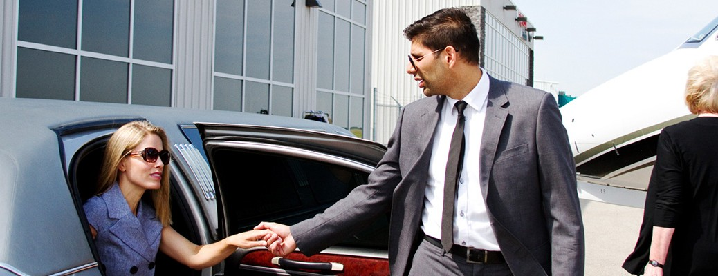 Private chauffeur Airport Transfer